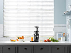 Hurom SlowJuicer H100 Black Pearl Mood (2)